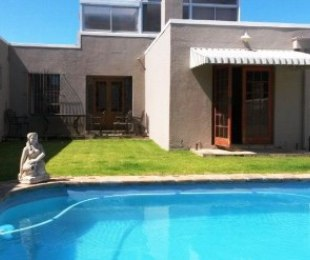 R 23,000 - 3 Bed Home To Rent in Parklands