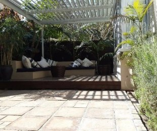 R 22,000 - 2 Bed Flat To Let in Tamboerskloof