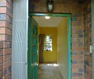 R 1,999,000 - 3 Bed Property For Sale in Menlo Park