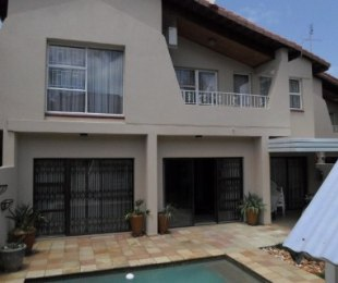 R 2,600,000 - 4 Bed Property For Sale in Bruma