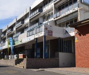 R 650,000 -  Commercial Property For Sale in Bellville