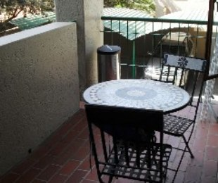 R 10,000 - 1 Bed Flat To Rent in Morningside