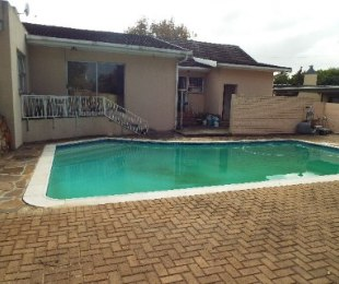R 1,695,000 - 3 Bed House For Sale in Arauna