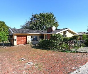 R 1,500,000 - 3 Bed House For Sale in Protea Heights