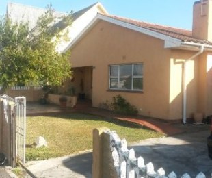 R 1,250,000 - 3 Bed House For Sale in Kensington