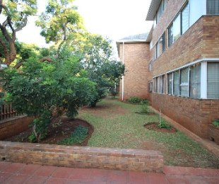 R 399,000 - 2.5 Bed Apartment For Sale in Arcadia