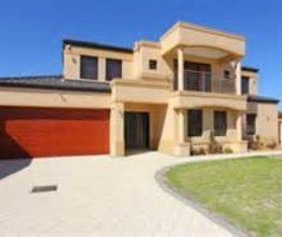 R 690,000 -  Home For Sale in The Orchards
