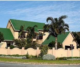 R 3,800,000 - 5 Bed Home For Sale in Mossel Bay