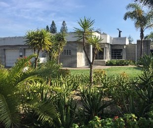 R 14,000 - 2 Bed House To Rent in Panorama