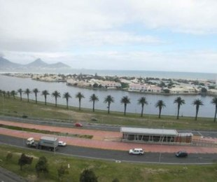 R 13,500 - 2 Bed Apartment To Rent in Milnerton