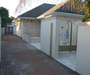 R 19,800 - 4 Bed Property To Rent in Claremont