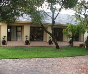 R 7,000,000 - 10 Bed House For Sale in Eldoraigne