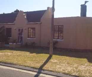 R 1,395,000 - 3 Bed House For Sale in Richwood