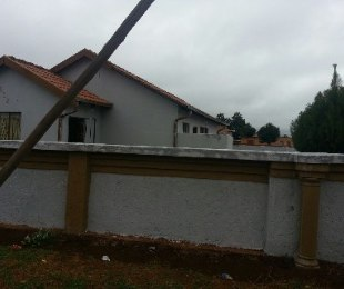 R 450,000 - 3 Bed Home For Sale in Soshanguve