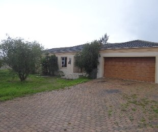 R 2,095,000 - 3 Bed Home For Sale in The Crest