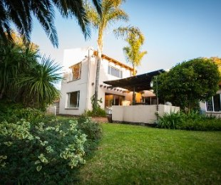 R 1,620,000 - 4 Bed Property For Sale in Wilro Park