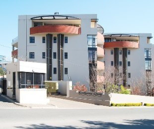 R 19,000 - 2 Bed Flat To Rent in Atholl