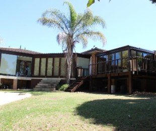 R 3,750,000 - 4 Bed House For Sale in Vergesig