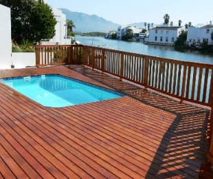 R 4,300,000 - 5 Bed Property For Sale in Marina Da Gama