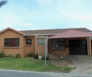 R 1,320,000 - 3 Bed House For Sale in Brackenfell