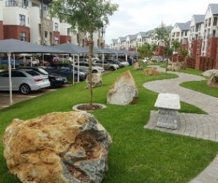 R 1,239,900 - 2 Bed Flat For Sale in Greenstone Hill