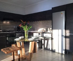 R 899,900 - 1 Bed Flat For Sale in Greenstone Hill