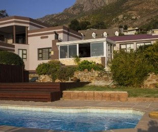 R 3,280,000 - 3 Bed House For Sale in Gordon's Bay
