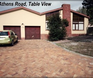R 13,500 - 5 Bed Home To Rent in Table View