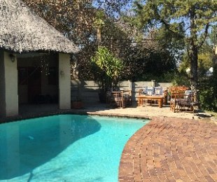 R 1,650,000 - 3 Bed House For Sale in Olivedale