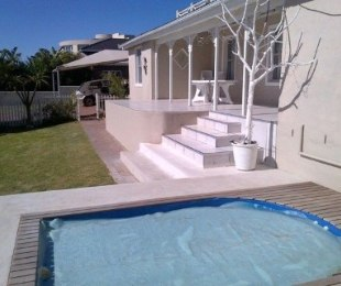 R 4,300,000 - 8 Bed House For Sale in Langebaan