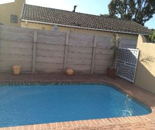 R 1,395,000 - 3 Bed Home For Sale in Richwood