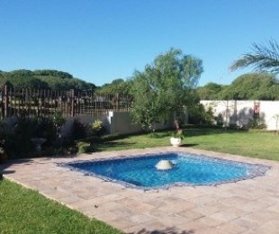 R 2,500,000 - 5 Bed House For Sale in Langebaan