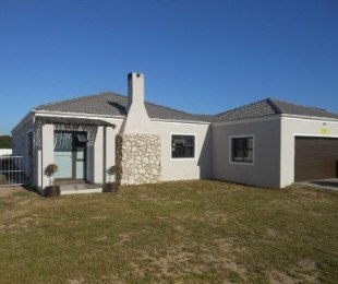 R 1,700,000 - 3 Bed House For Sale in Langebaan