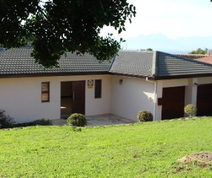 R 3,350,000 - 4 Bed Home For Sale in Aurora