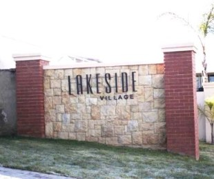 R 10,500 - 2 Bed Flat To Rent in Eagle Canyon Golf Estate