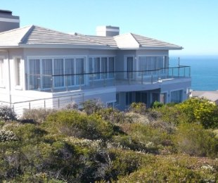 R 11,900,000 - 4 Bed Home For Sale in Pinnacle Point Golf Estate
