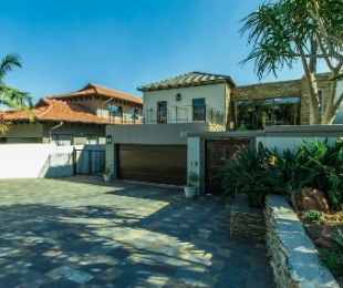 R 9,300,000 - 4 Bed House For Sale in Eagle Canyon Golf Estate