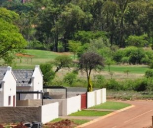 R 6,500 - 2 Bed Property To Rent in Theresapark