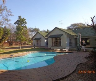 R 4,400,000 - 6 Bed House For Sale in Lynnwood