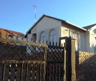 R 575,000 - 3 Bed Property For Sale in Mabopane