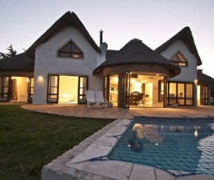R 3,950,000 - 5 Bed House For Sale in St Francis Bay
