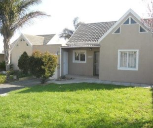 R 1,050,000 - 2 Bed House For Sale in Protea Village