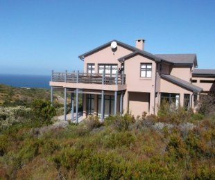 R 3,300,000 - 3 Bed Home For Sale in Pinnacle Point Golf Estate