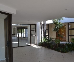 R 35,000 - 4 Bed Home To Rent in Bryanston