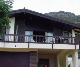 R 3,200,000 - 5 Bed House For Sale in Gordon's Bay