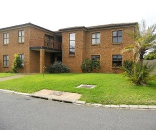 R 2,999,000 - 4 Bed House For Sale in Brackenfell