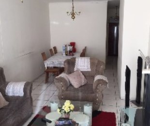 R 450,000 - 2 Bed Flat For Sale in Savoy Estate