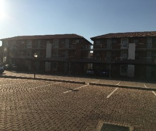 R 699,000 - 2 Bed Flat For Sale in Monavoni