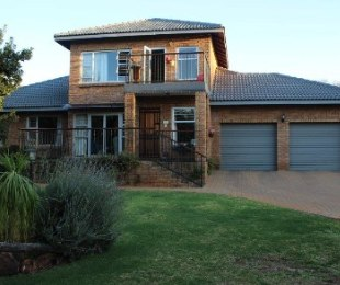 R 2,950,000 - 3 Bed House For Sale in Eldo Park