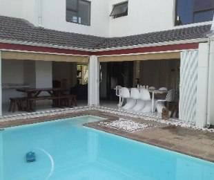 R 4,100,000 - 6 Bed House For Sale in Edgemead